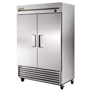 True Upright 2 Door Freezer 1388 Ltr