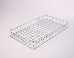 30x18x3 (25x25) Stacking Wire Tray
