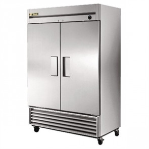 True Upright 2 Door Freezer 1388 Ltr